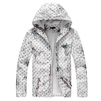 LV Louis Vuitton 2018 autumn and winter new men and women models hooded jacket F-A00FS-GJ White