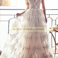 Spaghetti Straps Low Back Bohemian Summer Wedding Dresses with Appliques Bridal