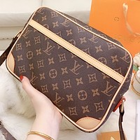 Hipgirls  LV Louis Vuitton New fashion monogram print leather shopping leisure shoulder bag crossbody bag