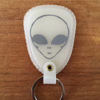 Alien Keychain glow in the dark keyring space gitd ufo