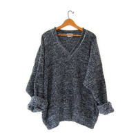 vintage speckled sweater. loose knit sweater. black + gray sweater. boyfriend sweater. oversized vneck sweater.