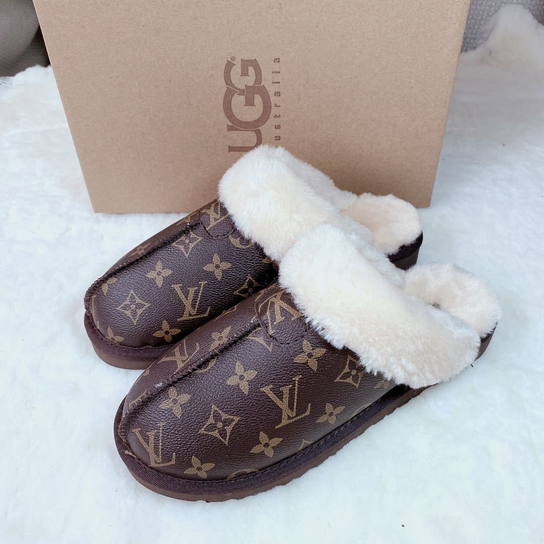Image of LV / ugg slippers