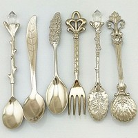 Royal Antique Tea Spoon Set