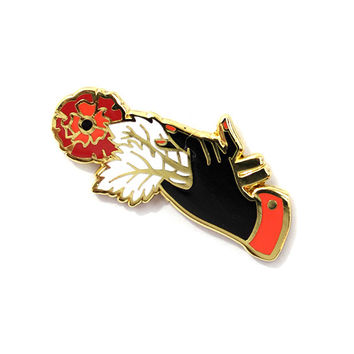 Flower Offering Pin