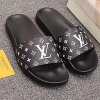Louis Vuitton LV Fashionable Girls Boys Flats Slipper Sandals Couples Beach Shoes Black
