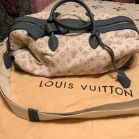 Louis Vuitton LV Monogram White Denim Pochette Round Blue Leather Shoulder Bag