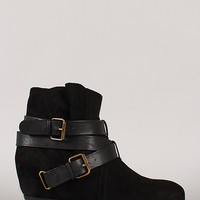 Qupid Martyr-06 Round Toe Buckle Ankle Bootie