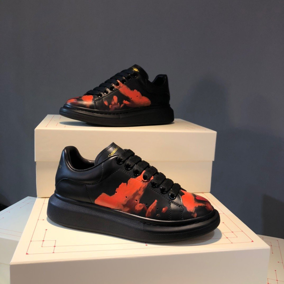 Image of ALEXANDER MCQUEEN  Woman's Men's 2020 New Fashion Casual Shoes Sneaker Sport Running Shoes