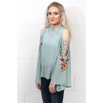 Shimmy Sleeve Cut Out w/ Embroidery Blouse {Dusty Blue} - Size XL