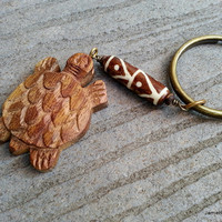 Carved Wooden Turtle Keychain with Painted Bone Bead - Men's Keychain - Tribal Unisex Keychain - Surfer Keychain - Wood and Bone Keychain