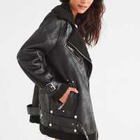 Avec Les Filles Oversized Faux Sherpa Jacket | Urban Outfitters