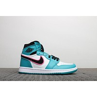 Nike Air Jordan 1 Retro High High-top basketball shoes