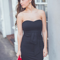 """WEB EXCLUSIVE: Belle with a """"Beau"""" Dress in Black"""