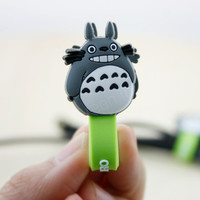 Totoro/ phone accessory/ cable holder/ cable organizer/ cord organizer/ earbud holder/ headphone holder/ studio ghibli/ miyazaki- 2pcs