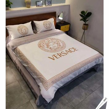 White VERSACE Fashion Modal 4 Pieces Sheet Set Blanket For Home Decor Bedroom Living Rooms Sofa