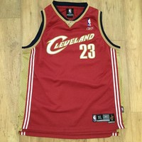 Lebron James - Cleveland Cavaliers - Reebok - Youth size XL - Condition 9/10