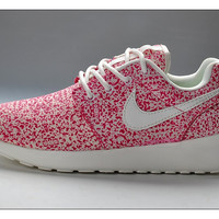 n086 - Nike Roshe Run (Floral Prints Red/White)