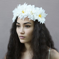 Linen White Dahlia Flower Crown - Floral Crown, Floral Headpiece, Festival Fashion, Daisy Headband, Daisy Crown, Bohemian Style, Boho, Crown