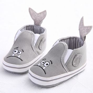 Baby girls shoes Toddler Girl Crib Shoes Newborn Flower Soft Sole Anti-slip Baby Sneakers