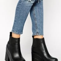 ASOS EASY TARGET Chelsea Ankle Boots