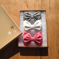 Beautiful large hair bows from Seaside Sparrow. Perfect gift.
