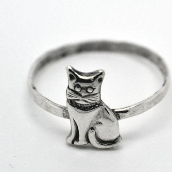 Silver Cat Ring, Sterling Silver Ring, Handforged Animal Ring