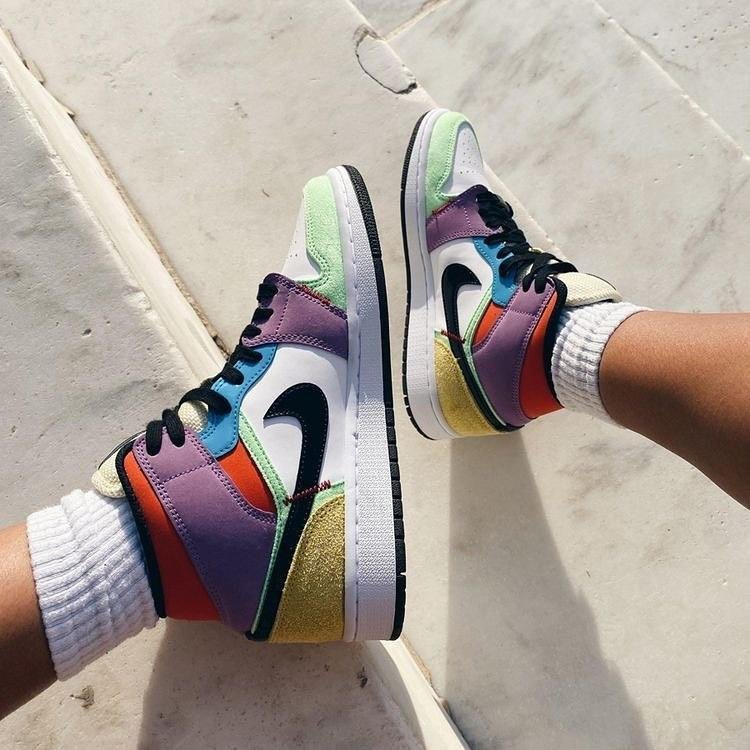 Image of Nike Air Jordan 1 Mid Light Bulb color stitching sneakers basketball shoes