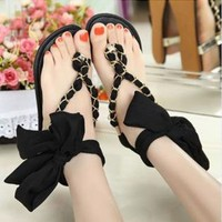 Flat Sandals with Ribbon and Chain DQ012