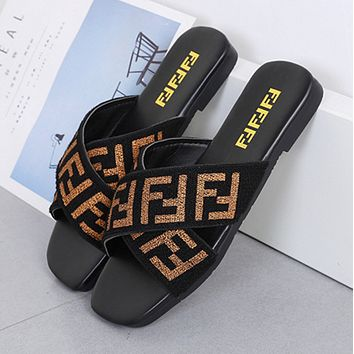 Square head flat bottom elastic band cross slipper