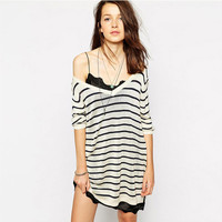 Black And White Stripes V-Neck Loose Knitted Sweater With Side Slits