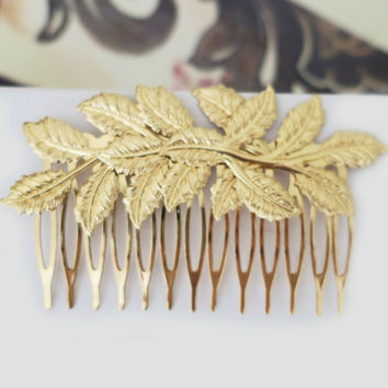 Sophisticated Gold Leaf Wedding Hair Comb, Fall Weddings Headpiece, Leaves in Gold