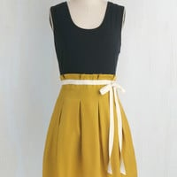 Urban Mid-length Sleeveless Twofer Scenic Road Trip Dress in Navy and Gold