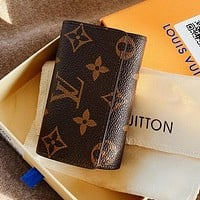 LV new retro presbyopia men and women wild key case bag