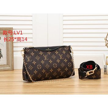 LV Louis Vuitton ladies fashion leather handbag clutch bag card credit card wallet size:25*14