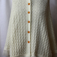 Cozy Cream Knit Cape, vintage 1970s, size S-M (2-12)