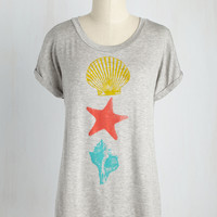 She Sports Seashells Tee | Mod Retro Vintage Sweaters | ModCloth.com