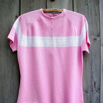 Vintage sweater - pink short-sleeved women's pullover with white lace inset