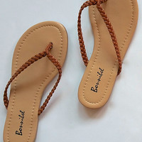 """Dani"" Simple Braided Flip Flop Flat Sandals - Camel"