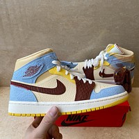 Air Jordan Mid AJ1 Mid-Cushioning Abrasion-Resistant Basketball Shoes