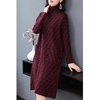 Fendi High-collar Printing Fashion, Simple, Comfortable, Leisure and Fit-up Knitted Dresses in Autumn and Winter