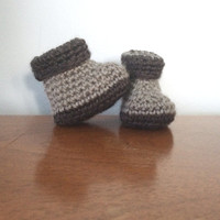 Unisex Newborn Booties - Grey Baby Shoes - Gender Neutral - Crochet Baby Clothes - Baby Boy Booties - Baby Girl Booties - Newborn Crib Shoes