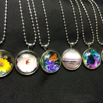 Natures Embrace Gifts. Unique glass pendant necklaces. Photography in a pendant. Glass dome necklaces. Handcrafted, homemade. Nature necklac