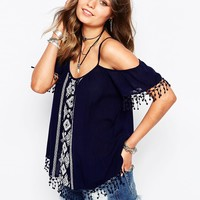New Look Embroidered Off The Shoulder Smock Top