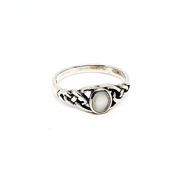 MD Trinity knot Mother of pearl Celtic sterling silver vintage ring size 8