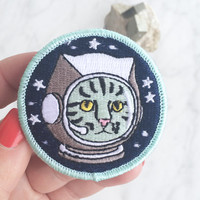 Space Cat Patch / Iron On Patch, Embroidered Applique – Astronaut Cat – Alien Cat