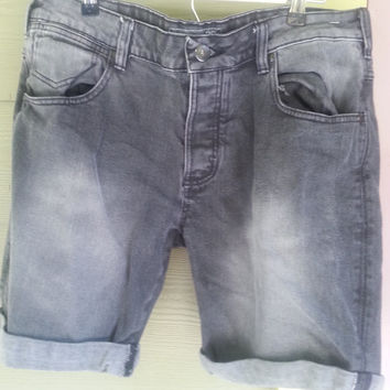 Vintage 90s Faded Black Grunge Rolled Cuff  High Rise Jean Shorts Size 36