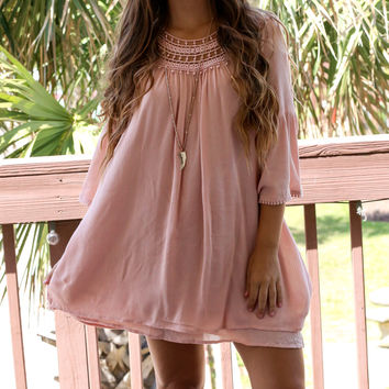 Windy Waves Blush Layered Peasant Dress