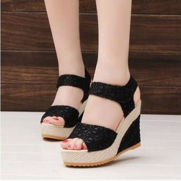 Open Toe Fish Head Wedge Sandals - 50% Off