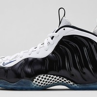"""Nike Air Foamposite One """"Black/White"""" Release Details"""