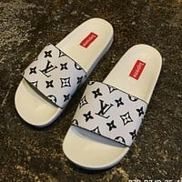 LV X Supreme Popular Unisex Leisure Beach Home Print Sandal Slipper Shoes White I-CSXY